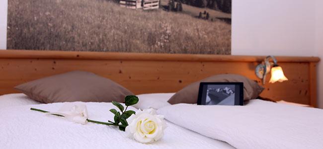 Appartamenti e camere in legno di abete Trentino della val di Fiemme ...